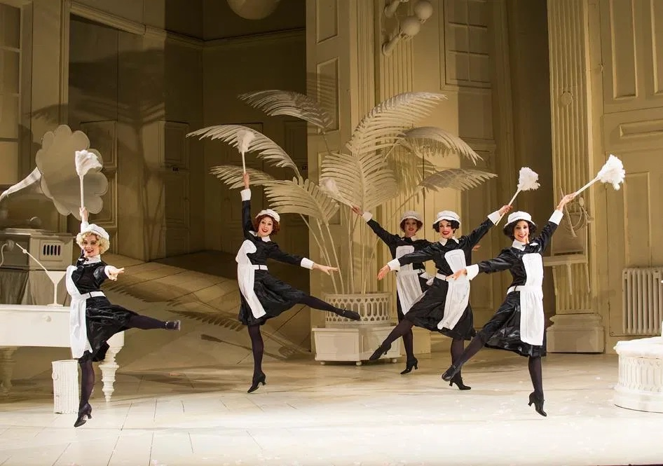 ENO-The-Mikado-directed-by-Jonathan-Miller