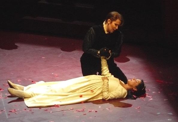 Capuleti-04b.jpg