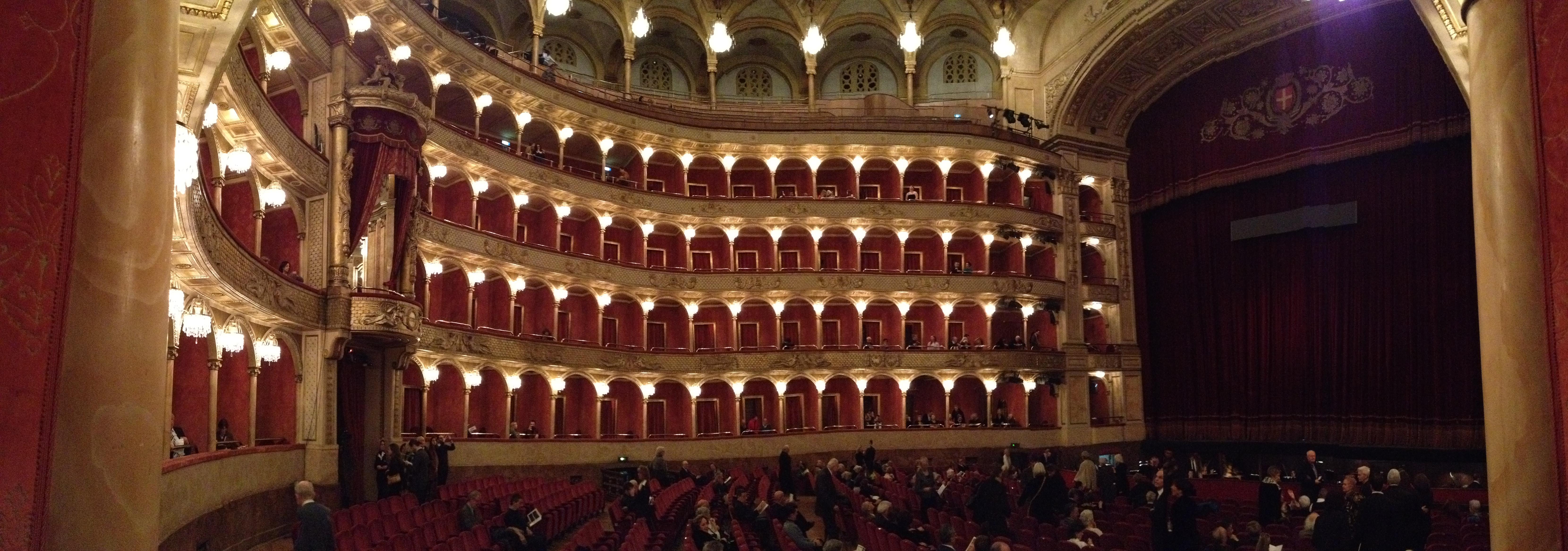 teatro dell opera l 39 opera in casa