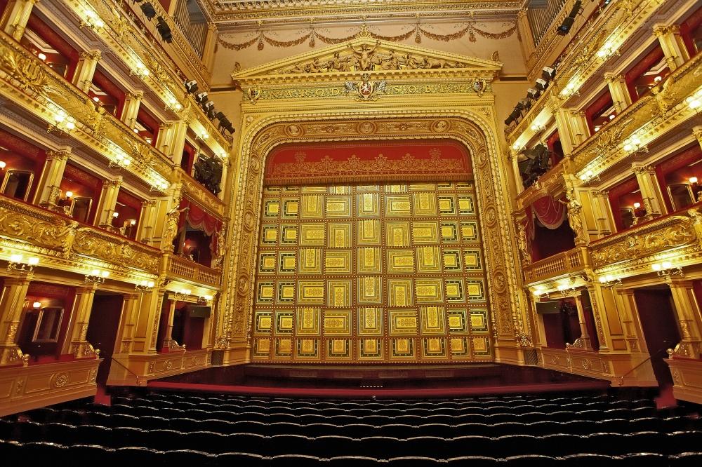 Narodni-divadlo-8