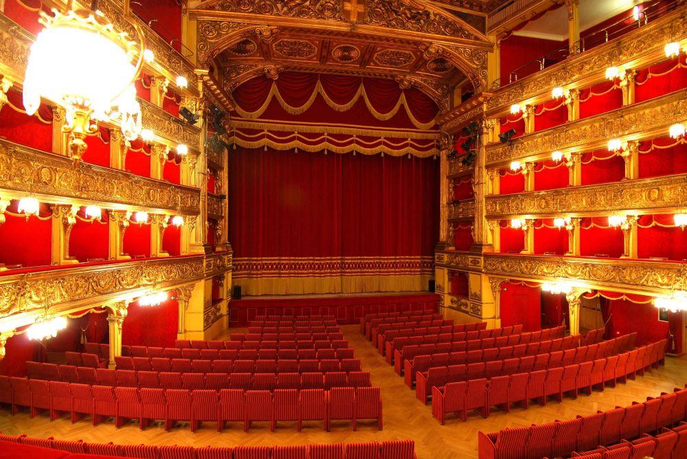 Teatro-Carignano-Sala-foto-di-Bruna-Biamino