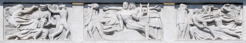 Antoine_Bourdelle,_1910-12,_Apollon_et_sa_méditation_entourée_des_9_muses_(The_Meditation_of_Apollon_and_the_Muses),_bas-relief,_Théâtre_des_Champs_Elysées_DSC09313