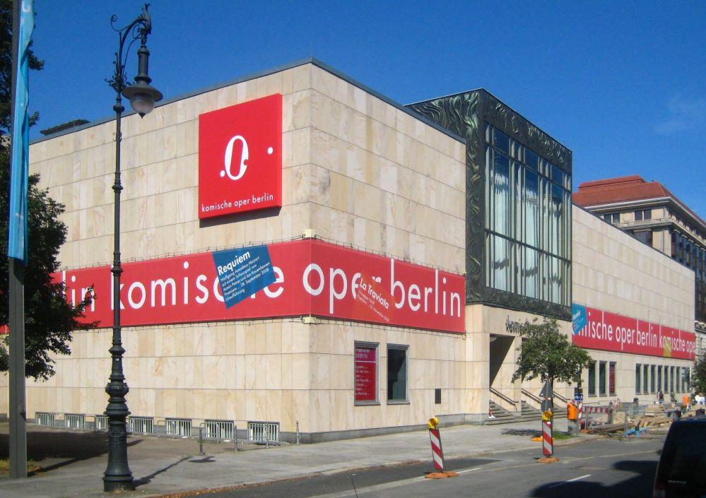 Berlin,_Mitte,_Behrenstraße,_Komische_Oper_02