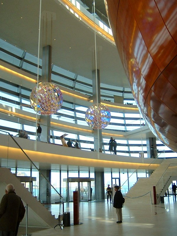 Copenhagen_new_operahouse_interior