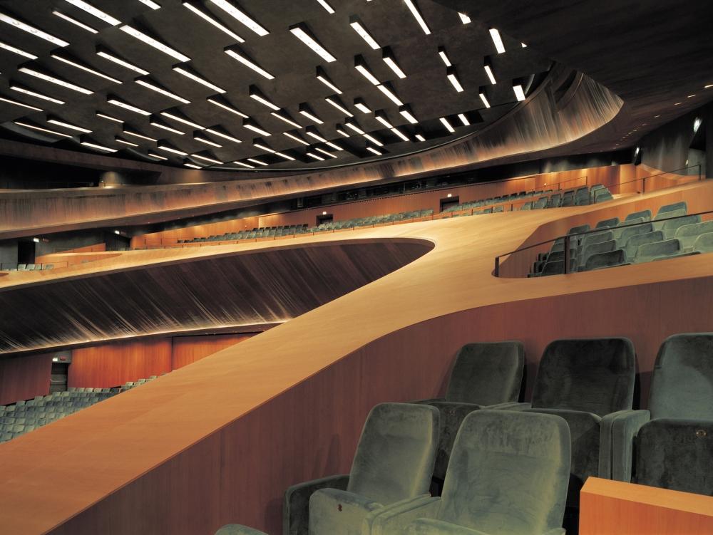 FI52_Opera House_04