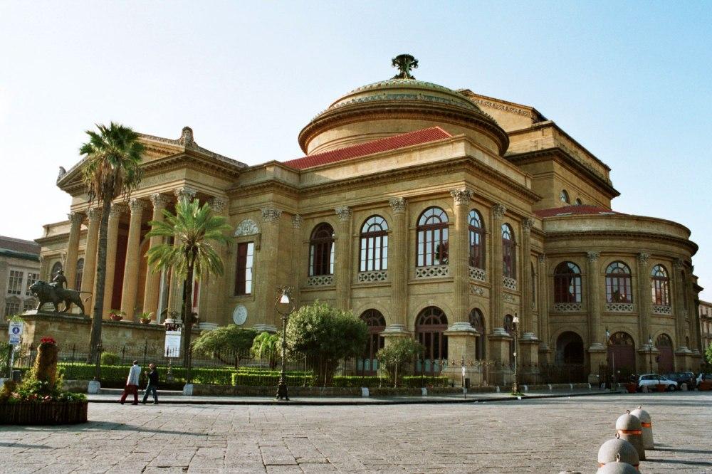 Palermo-Teatro-Massimo.jpg