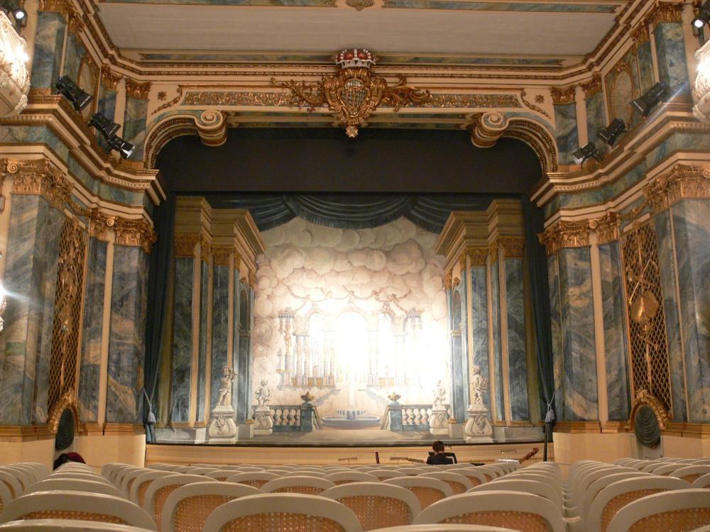 Schwetzingen_Schlosstheater_Blick_zur_Bühne_1