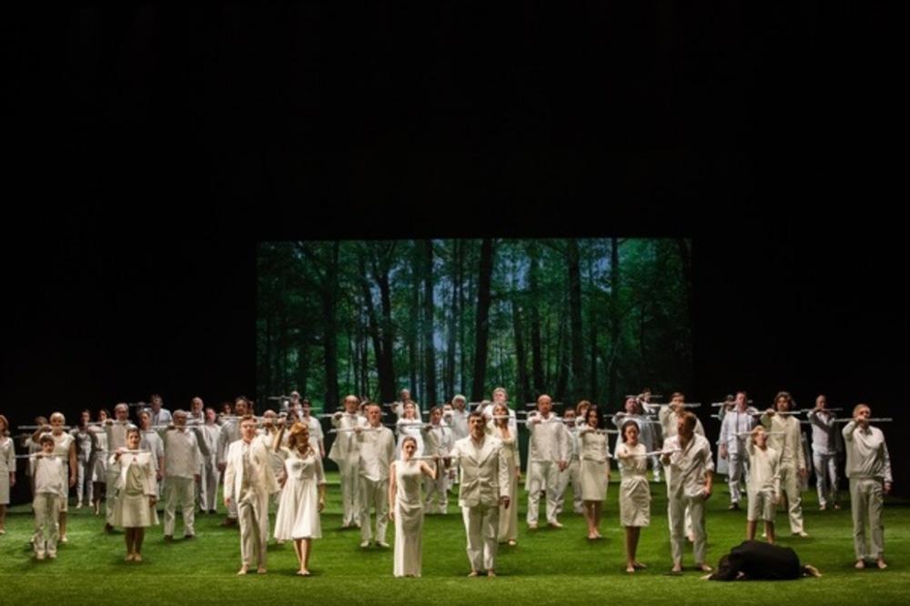 A-l-Opera-Bastille-La-Flute-enchantee-ou-la-mort-familiere_article_popin