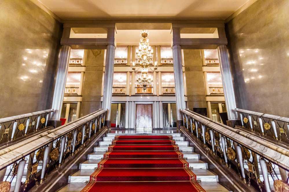 foyer_schody2-K.-Bieliński