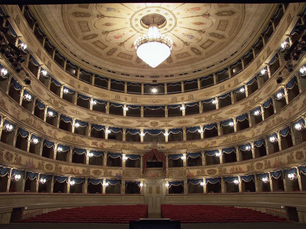 Teatro_Dante_Alighieri_Ravenna