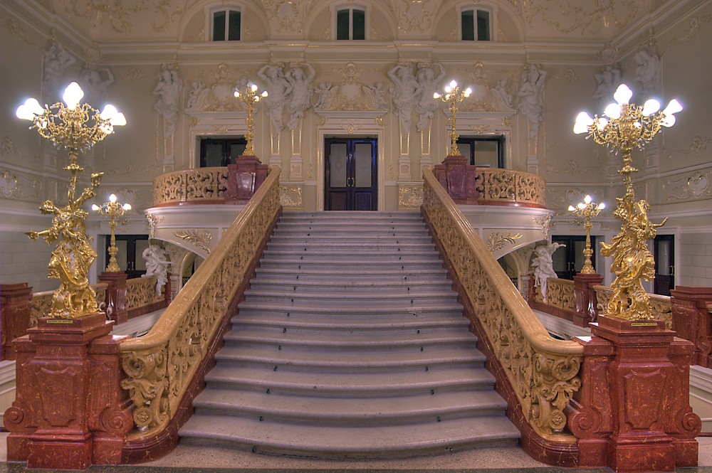 odessa_ukraine_june-upper_stairs_national_theater_opera
