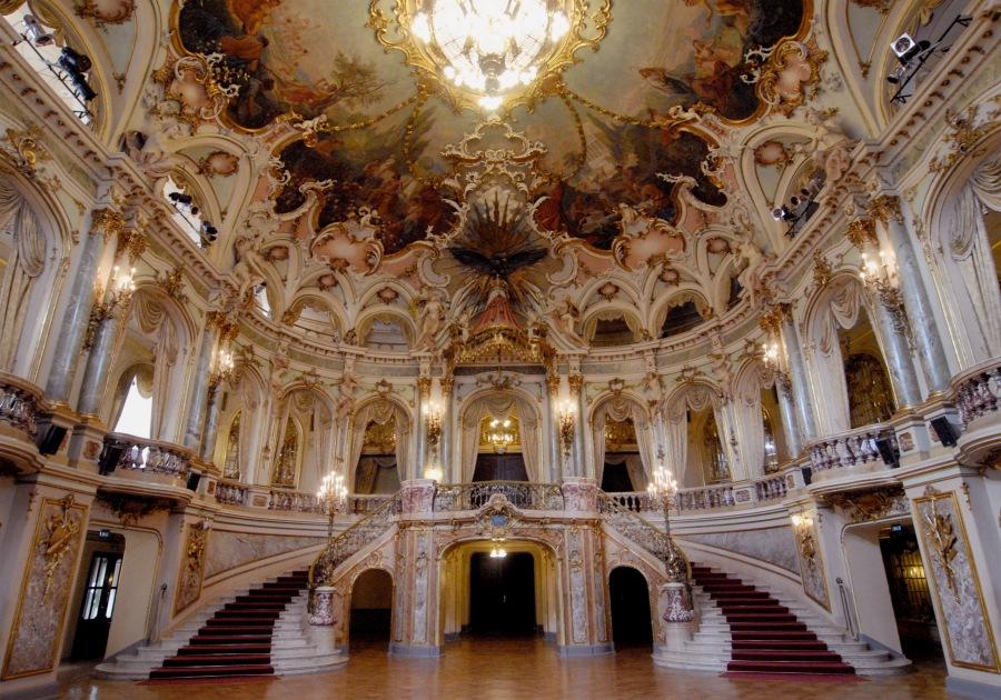 Staatstheater_Wiesbaden_foyer028
