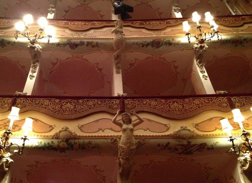 Teatro_Comunale_%22Mario_Del_Monaco%22_di_Treviso_-_Palchi_della_Sala,_particolare.