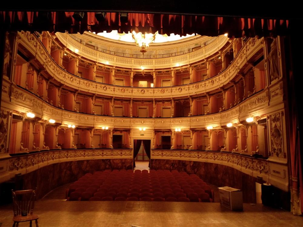 Cagli_Teatro_auditorium