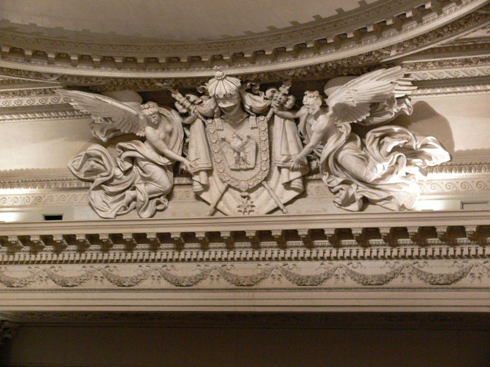 1024px-Compiègne_Théâtre_Impérial_02