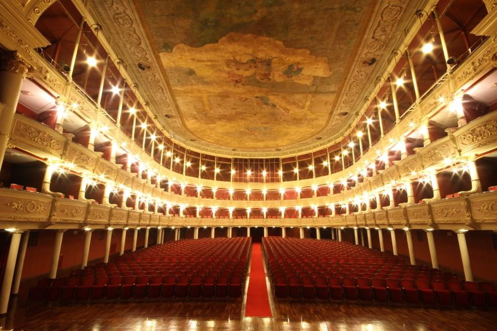 Lecce _ Teatro _ Politeama _ Platea _ Panoramica _11122014 _ mattina _ IMG_0709