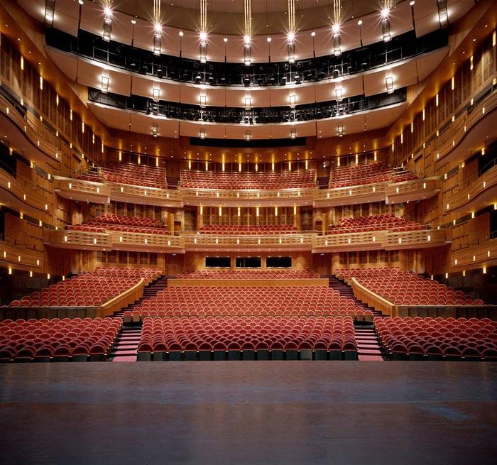 t_shanghai_grand_theatre1