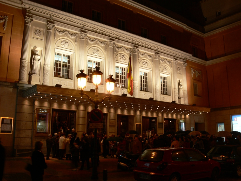 teatro_de_la_zarzuela_madrid_by_night