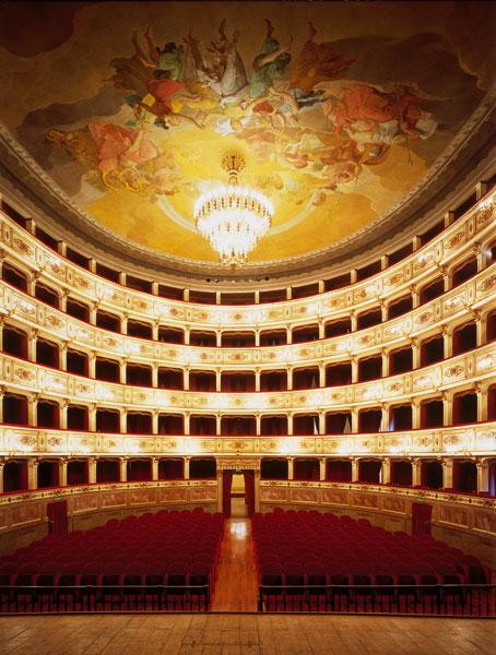 teatro_dell_aquila