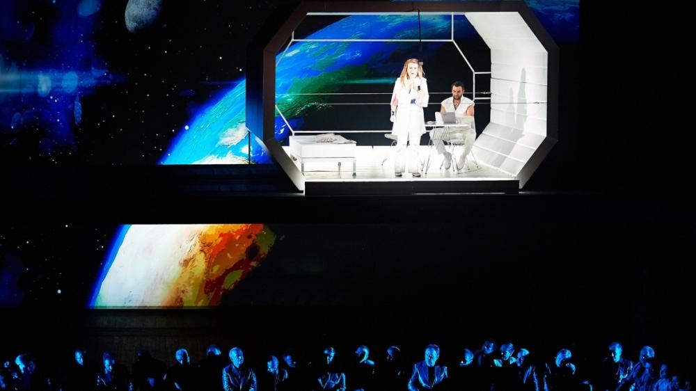space_opera_cut_01
