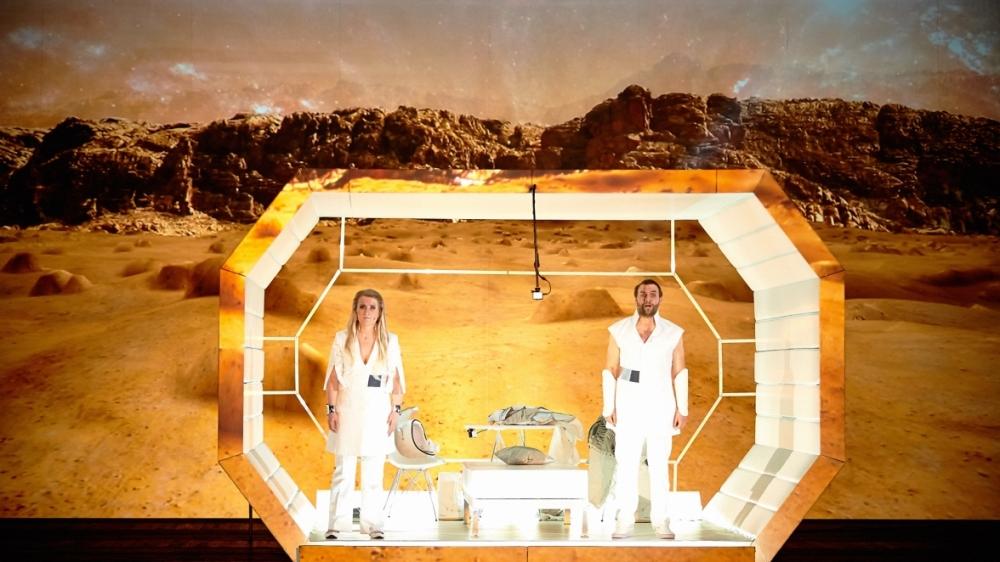 space_opera_cut_07