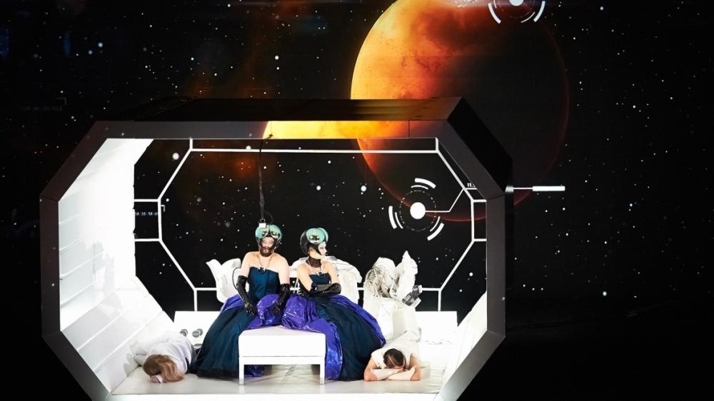 space_opera_cut_08