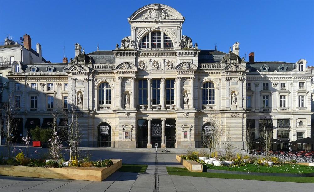 P1320004_Angers_Grand_theatre_rwk