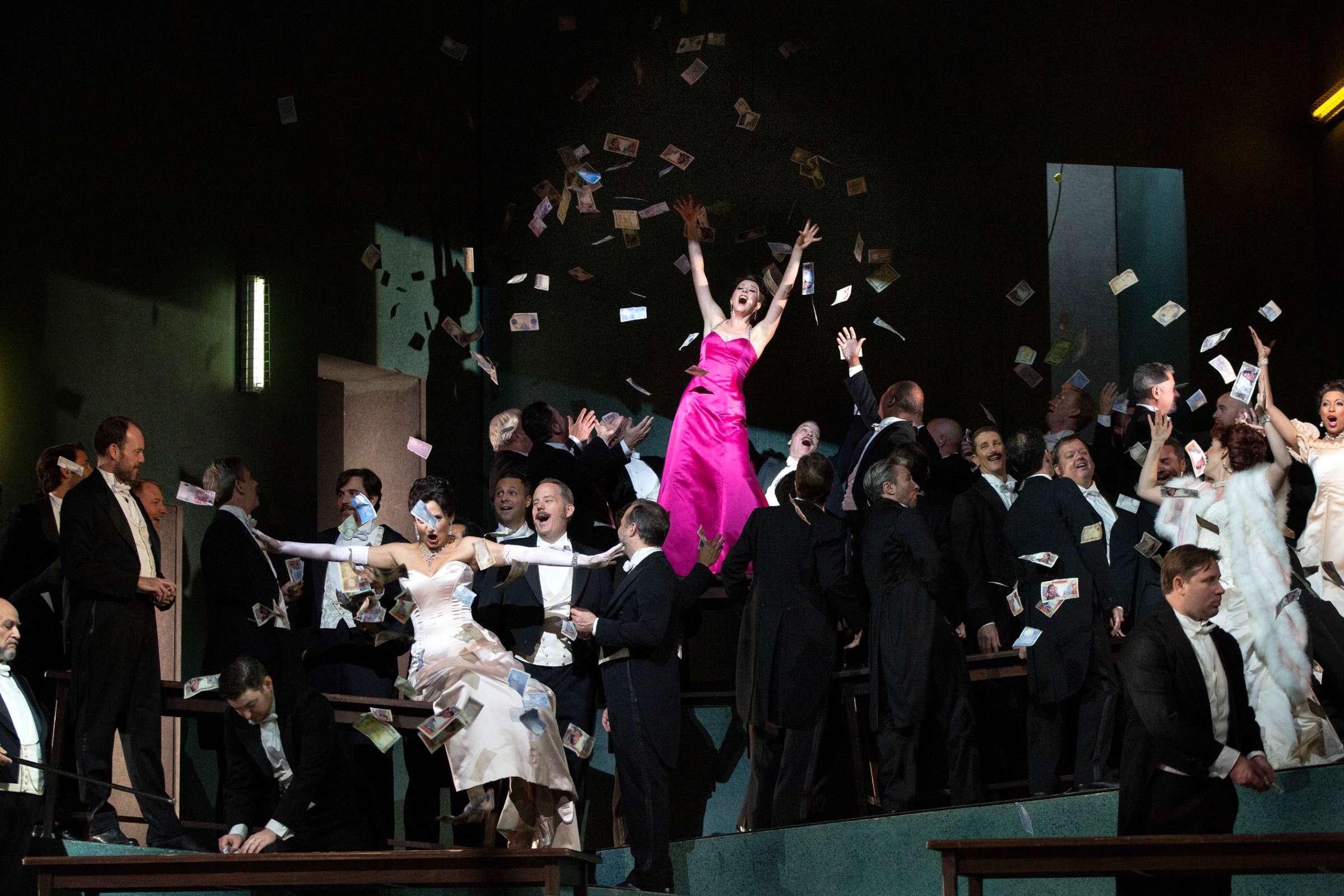 143483-manon-0331sc-marty-sohl-met-opera